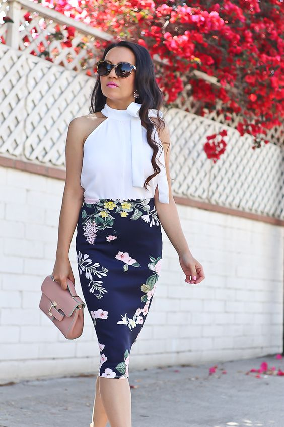 whiteblouse_florals_stylishpetite